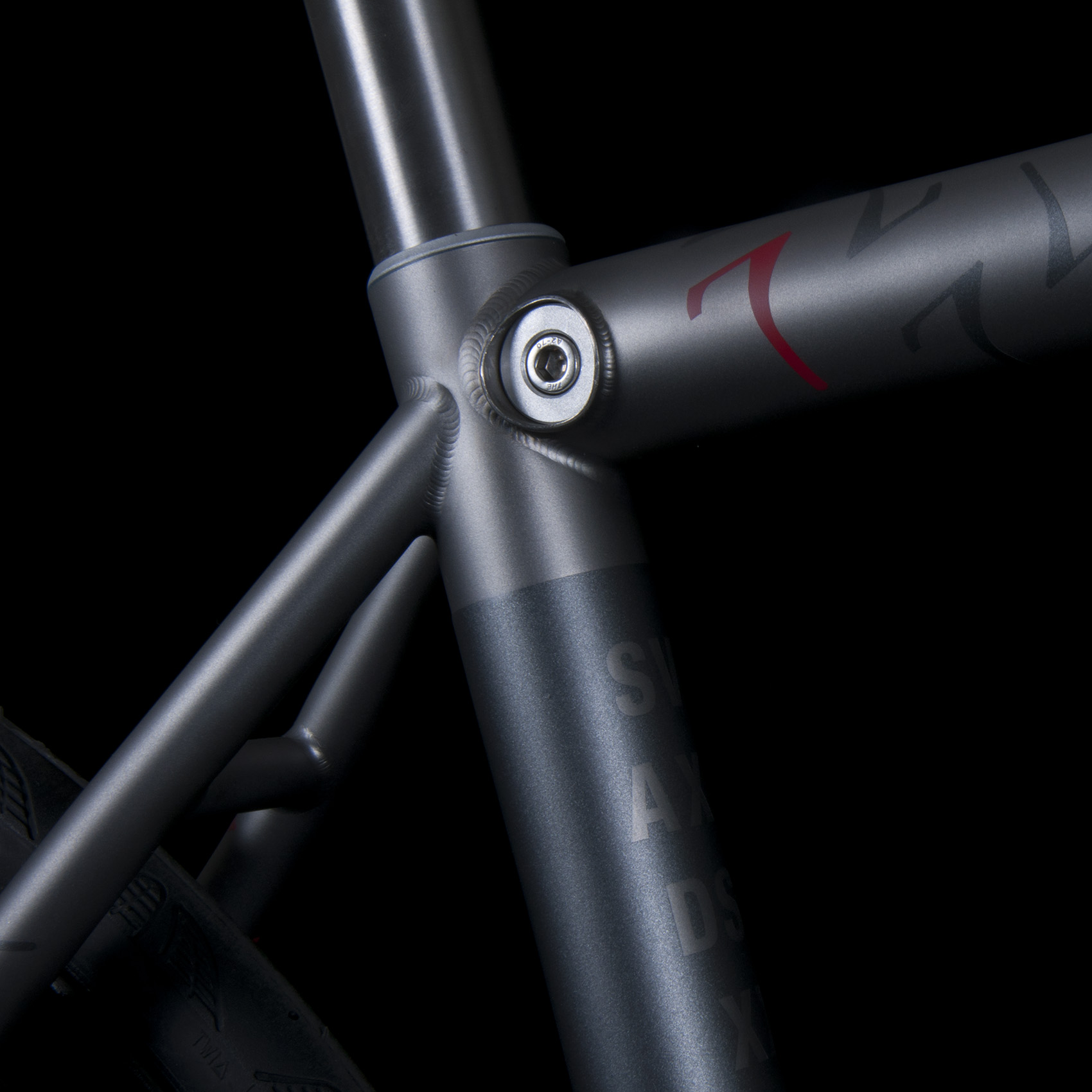 Internal Seat Post Binder