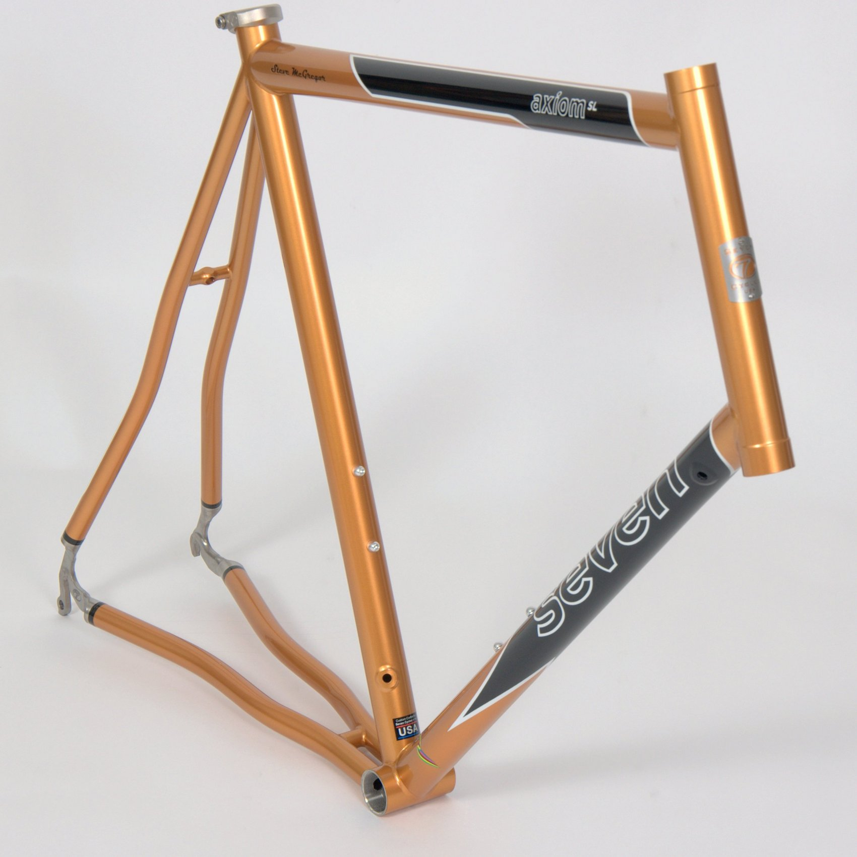 gran fondo scheme in custom copper, gloss black, and snow white (custom colors available at an additional cost)